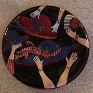 Red Hat Society club plate